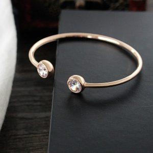 Bracelet jonc rose avec strass