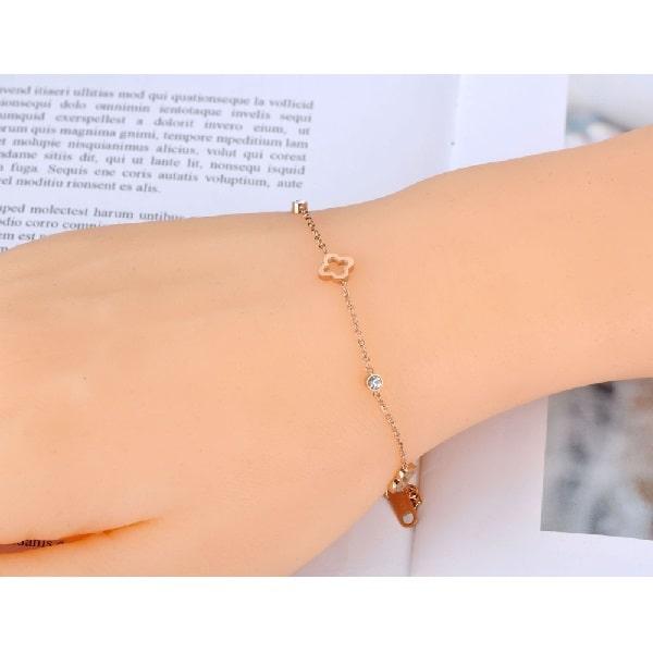 Bracelet rose pas cher, à chaine fine