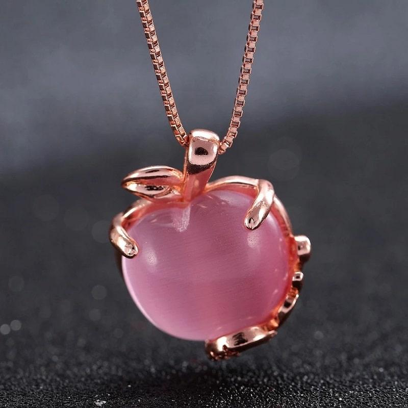 Collier pomme quartz rose pour femme