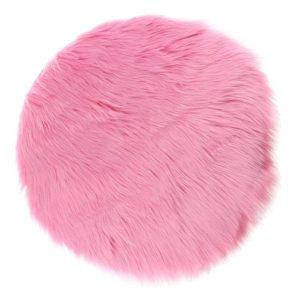 Tapis fausse fourrure rose pour chambre
