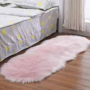 tapis-pour-chambre-de-fille-rose
